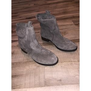 Sole society booties size 10